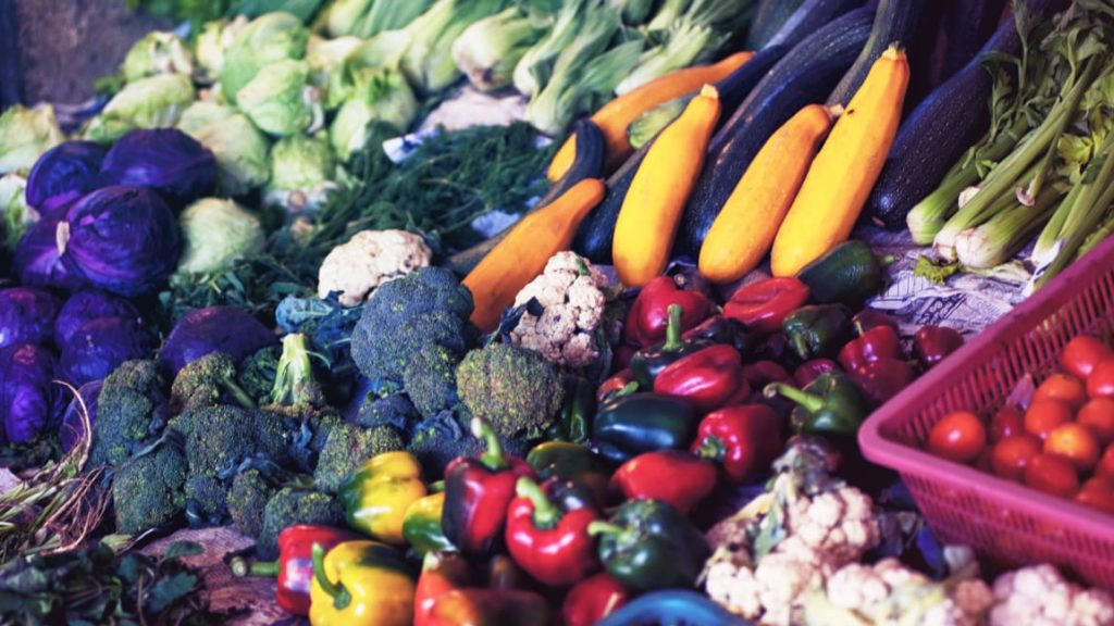 "Prescribing"" fruits and veggies would save $100 billion in medical costs"